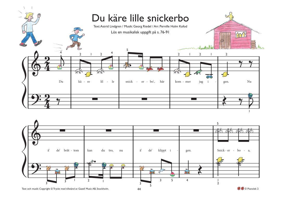 Spela piano du kaere lille snickerbo